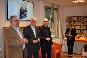 V Kysuckej knižnici vČadci sa vutorok 20. marca uskutočnila prezentácia knihy Ladislava Paštrnáka pod názvom Na cudzích frontoch.
