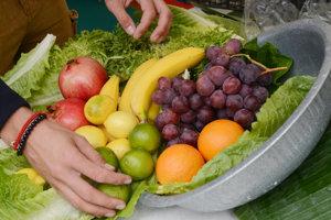 Dve a viac kusov ovocia denne môžu podľa výskumu znížiť riziko vzniku myómov maternice.