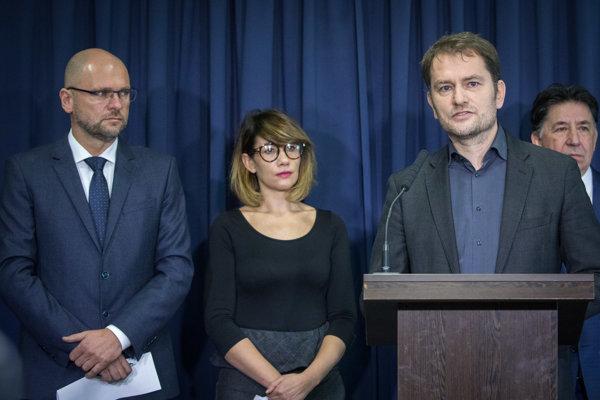rededa strany SaS Richard Sulík, členka strany SaS Lucia Ďuriš Nicholsonová, líder hnutia OĽaNO Igor Matovič a člen strany OĽaNO Ján Budaj.