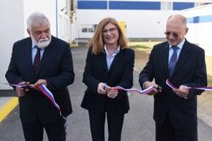 Pásku prestrihla i ministerka pôdohospodárstva Gabriela Matečná.