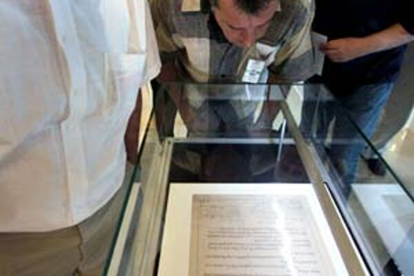 Originál Pittsburskej dohody v Národnej rade.
