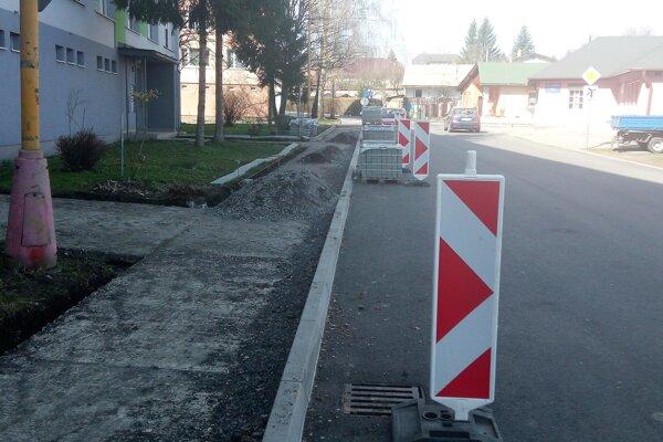 Vajanského ulica vo Fiľakove.