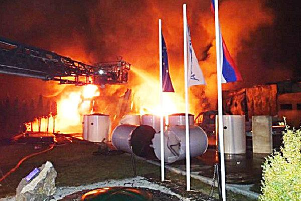 Vlaňajší februárový požiar v Dubnici nad Váhom mal dve naj.