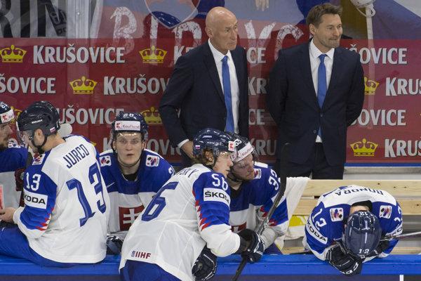 Slovenskí hokejisti mali v pondelok voľný deň.