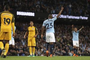 Futbalisti Manchesteru City si poradili aj s Brightonom a útočia na stobodovú hranicu.