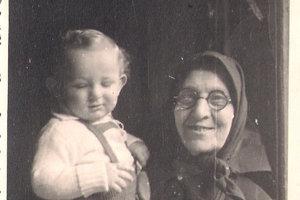 Jozef Klein so starou mamou