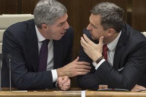 30. november 2017. Béla Bugár a Andrej Danko na schôdzi.