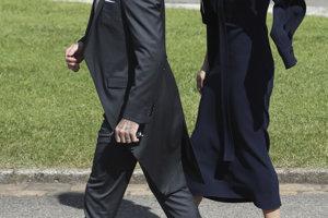 Futbalista David Beckham s manželkou Victoriou.