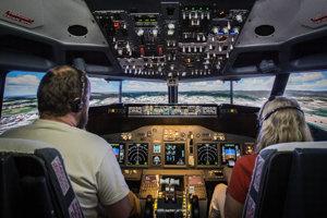 Simulátor je presnou kópiou Kokpitu Boeingu 737.