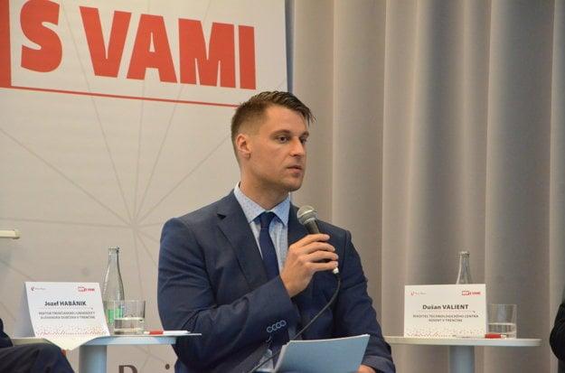 Dušan Valient, riaditeľ technologického centra Adient v Trenčíne