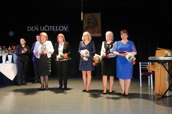 Ocenení učitelia.