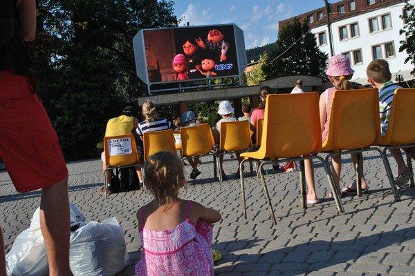 Letné kino na námestí nechýba v Žiline ani tento rok.