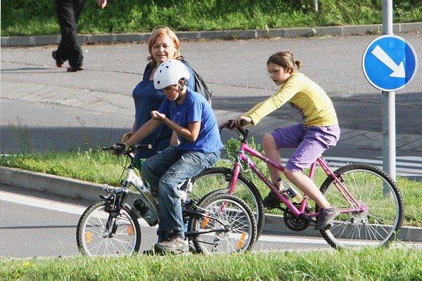 Zisťujú záujem o cyklotrasu.