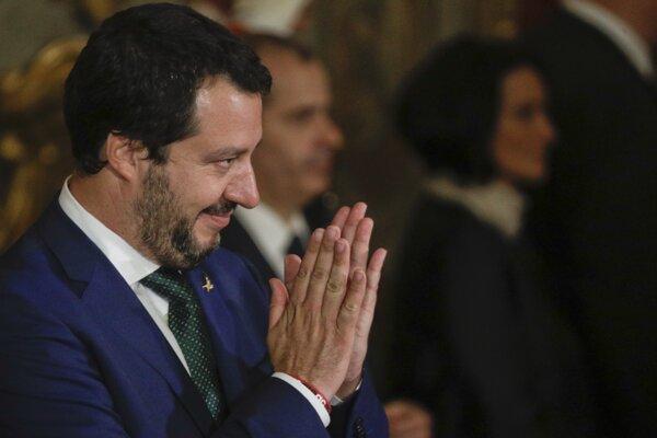 Taliansky minister vnútra a nový vicepremiér Matteo Salvini.