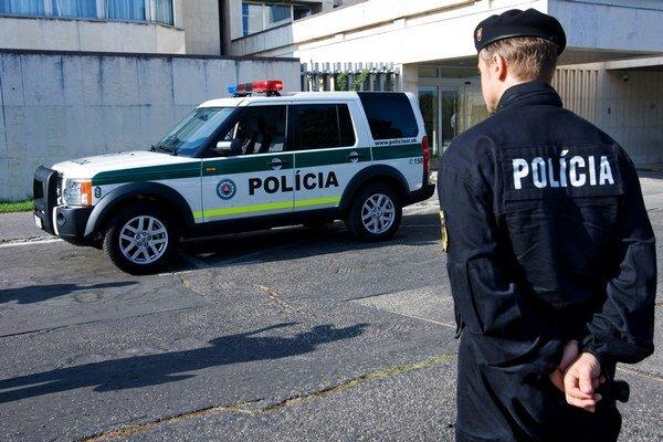Polícia namerala viacerým vodičom alkohol v krvi.