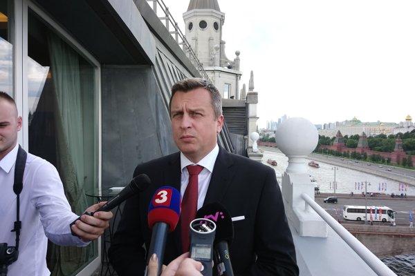 Predseda NR SR Andrej Danko odpovedá na otázky novinárov v Moskve.