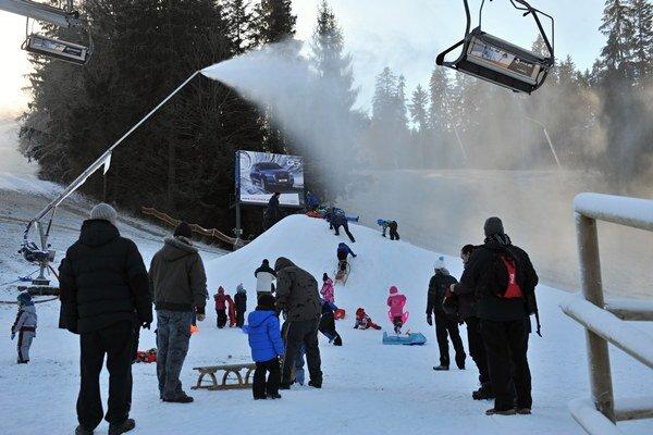 Paseky vo Vrátnej očakávajú lyžiarov.