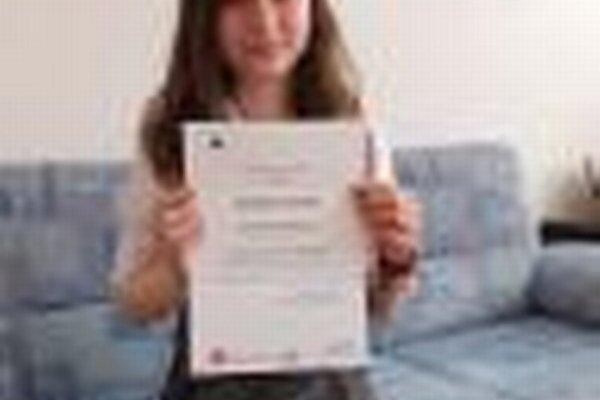 Janka Zemančíková s ocenením.