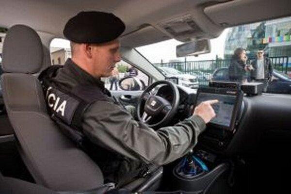 Polícia je na rôzne kontroly vybavená.
