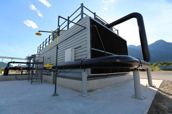 Zariadenie v kanadskej Britskej Kolumbii, ktoré odoberá z atmosféry oxid uhličitý a vyrába aj čisté palivo.