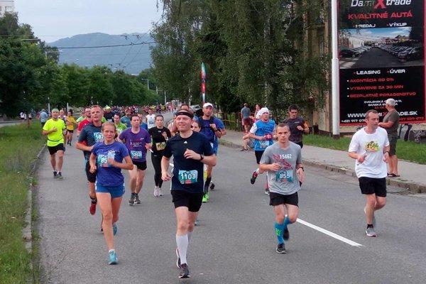 Na trať sa vydalo viac než 1000 bežcov.