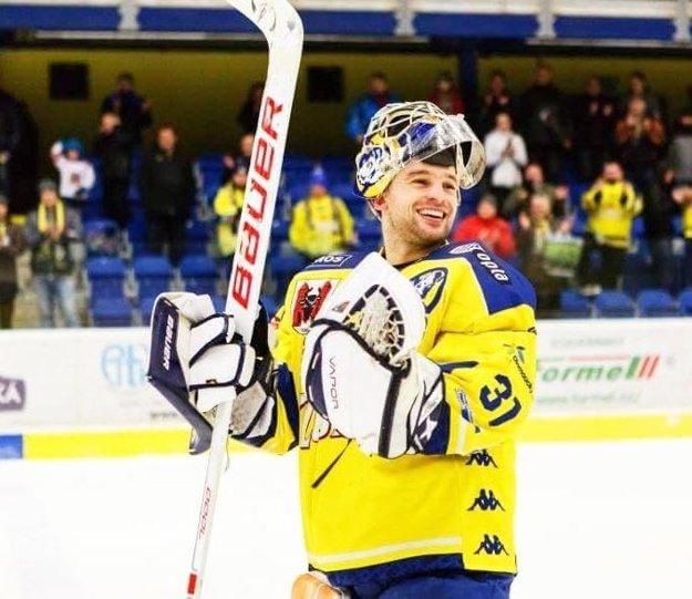 V Česku vystriedal za šesť rokov niekoľko klubov, väčšinou pôsobil v druhej najvyššej súťaži.
