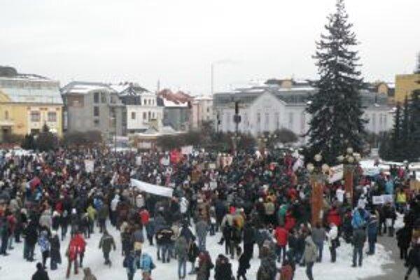 Podľa organizátorov sa protestu zúčastnili 2 - 3 tisícky ľudí. Reálnejšie odhady hovoria o 1 - 2-tisíc.