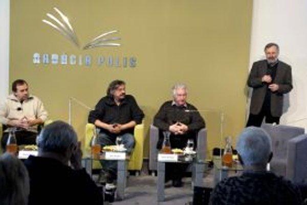 Daniel Kollár, Fero Guldan a Anton Srholec Hovorili s Mikulášom Maňom Hubom v Nadácii POLIS o miestach, ktoré majú radi.