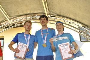 Medailisti zM-SR, zľava Tomeček, víťazný Paulen aUrban.