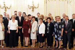 Ľudí ocenených prezídiom Slovenského Červeného kríža prijal aj prezident Andrej Kiska.