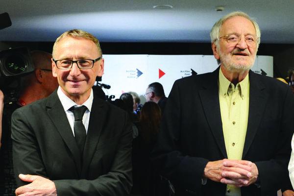 Riaditeľ festivalu Peter Nágel a prezident Milan Lasica.