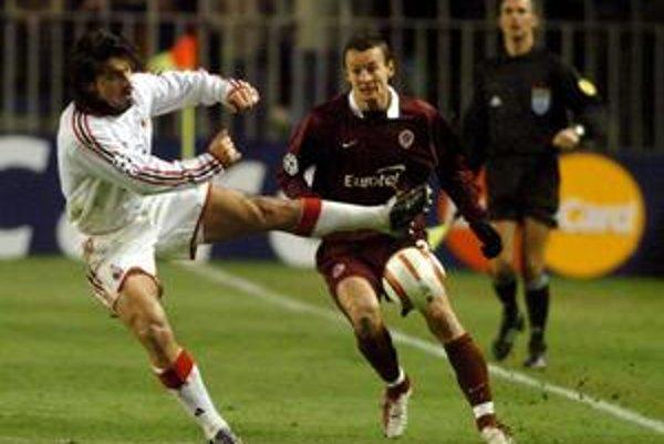 Vladimír Labant (vpravo) proti Gennarovi Gattusovi.