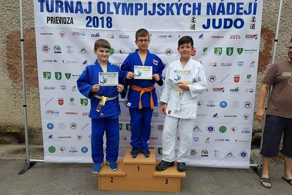 1. miesto Daniel Diko - Sokol Prievidza, 2. miesto Adam Lauko - Sokol Prievidza, 3. miesto Jozef Škovranek - Akadémia Žilina.
