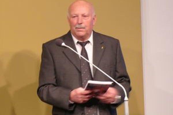 Dušan Ondruš vyplnil vákuum v športovej literatúre.