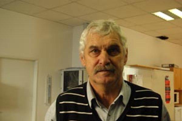 Štefán Tománek vytiahol Kotešovú na druhé miesto. Hovorí, že úroveň futbalu klesá.