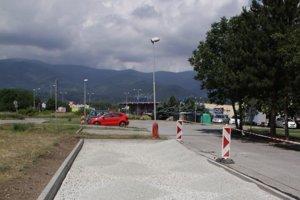 V Košútoch pribudne jedenásť parkovacích miest.