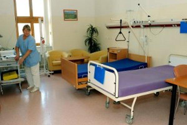 Nemocnica platí súkromnej firme viac ako stotisíc mesačne.