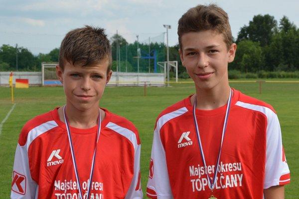 Zľava: Filip Macko a Tobias Hugo Barta.