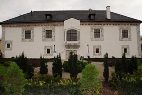 Zrekonštruovaný Sobášny palác v Bytči samosprávny kraj otvoril len pred mesiacom.
