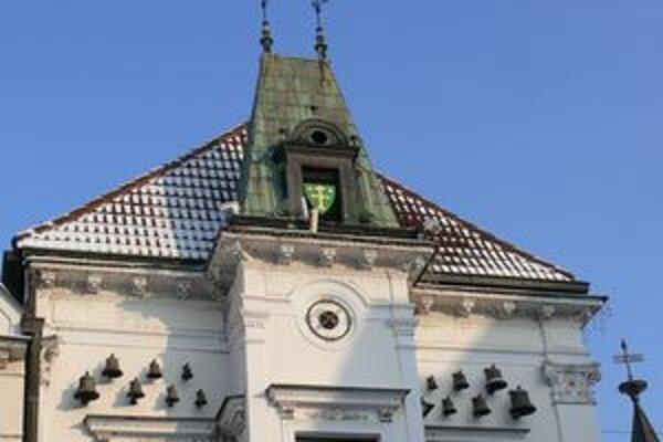 Zvonkohra na historickej žilinskej Starej radnici.