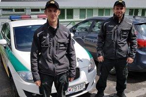 Policajti z Obvodného oddelenia Policajného zboru Čadca zachránili ľudský život.