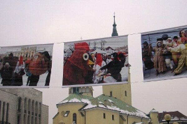 Fotografie fašiangových maškár od žilinských fotografov.