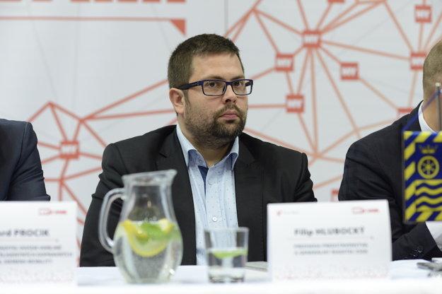 Diskusia Smart cities v Trnave. Filip Hlubocký – predseda predstavenstva a generálny riaditeľ ZSSK.