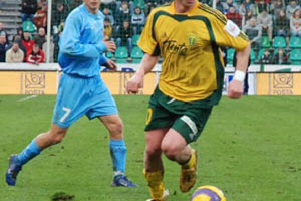 Slovinský legionár Dare Vršič strelil v dôležitom sobotnom stretnutí proti Artmedii tri góly za necelých desať minút.
