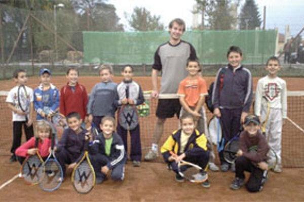 V Bytči sa hráva tenis len niekoľko rokov, ukazuje sa tu však viac mladých talentov.
