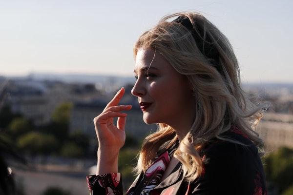 Hlavnú úlohu vo filme Prevýchova Cameron Postovej hrá Chloë Grace Moretz.