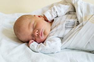 Teodor Chrenko (3450g, 50cm) sa narodil 23. júna Petre a Ivanovi z Nitrice. Doma už majú Angeliku a Denisa.