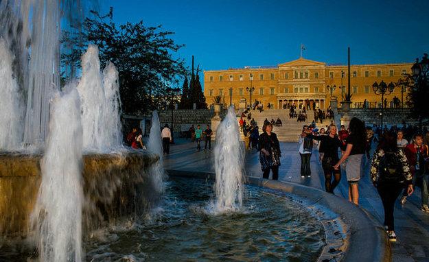 Námestie Syntagma a Kráľovský palác, sídlo Parlamentu.