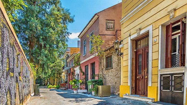 Ulička v štvrti Plaka, Atény.