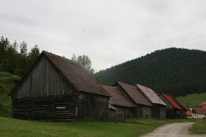Unikátne stodoly, aké v Európe nenájdete.